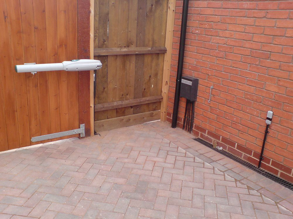 Automatic Gates Leicester Loughborough Market Harborough